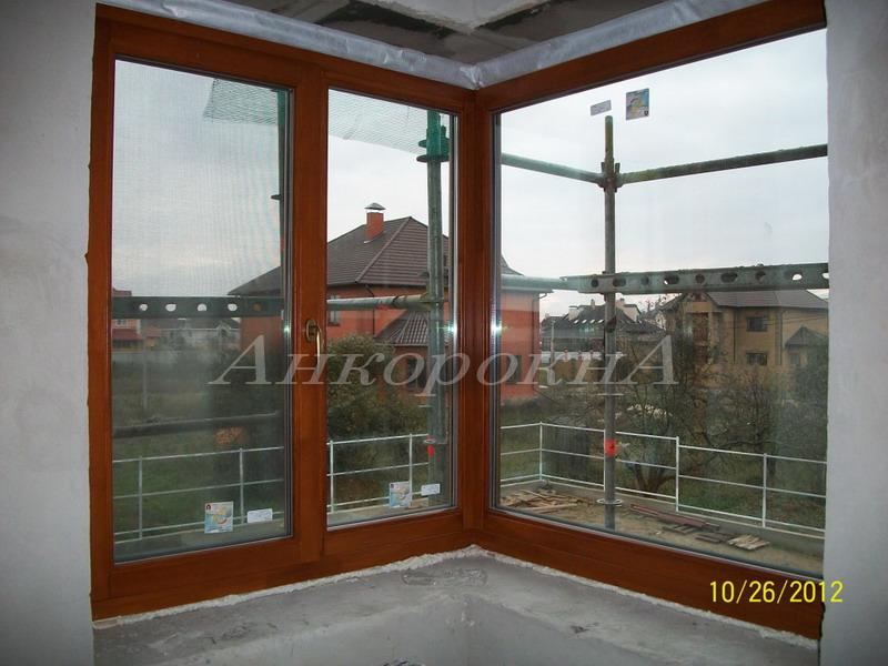 угловоепанорамное окно с частном доме