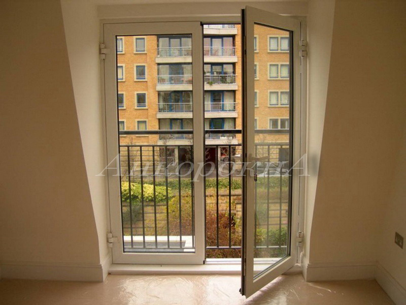 панорамные двери на балкон