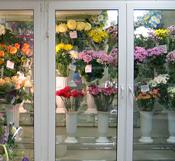 Холодильные камеры (витрины) для цветов на заказ фото