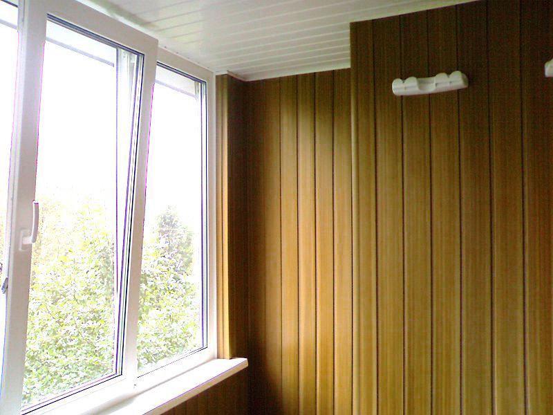Отделка балкона, лоджии: варианты, материалы.