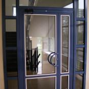 цветные алюминиевые двери петербург