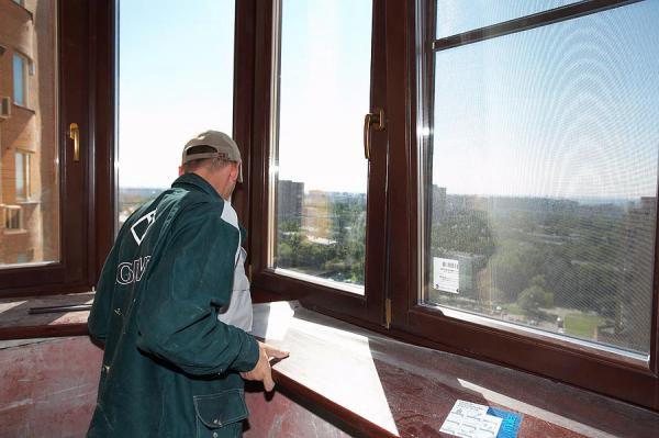 Технические условия установки пластиковых окон на балконе..