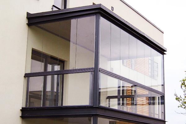 безрамное остекление балкона лоджии петербург