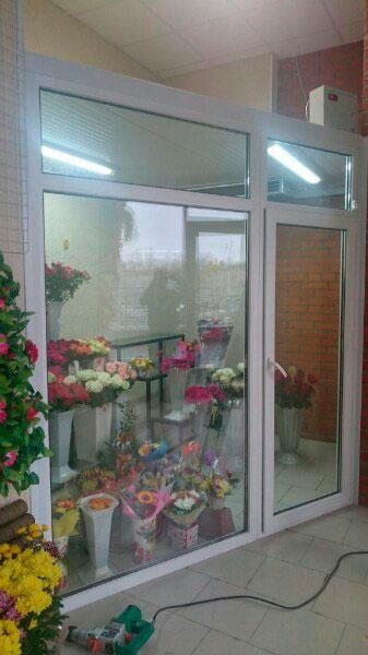 установка витрин для цветов петербург