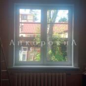 двухкамерное окно - монтаж в деревянном доме