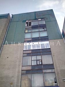 вид на новое окно с улицы