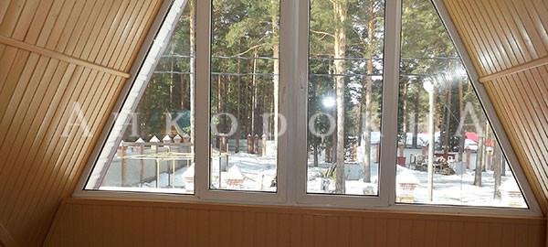 треугольное чердачное окно в Ленобласти на заказ