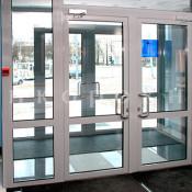 входные двери с пластиковым профилем в спб