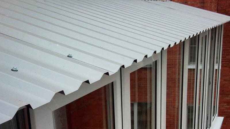 Выбираем крышу над балконом