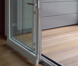 раздвижные двери на балкон фото