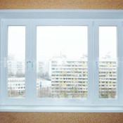 трехстворчатые окна с широкой средней и узкими боковыми створками в спб