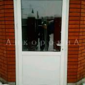 входная пластиковая дверь в Питере фото