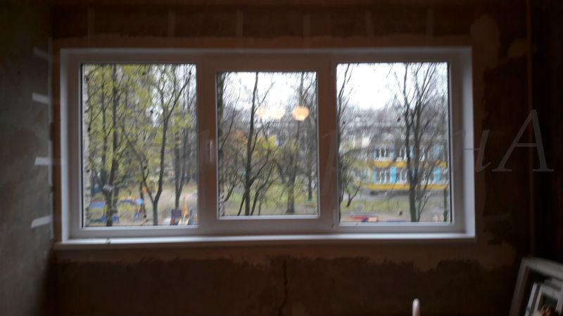 фото установки окон в квартире