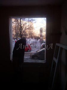 Демонтаж окна на Жукова