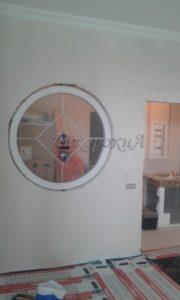 Круглое окно со шпросами установить