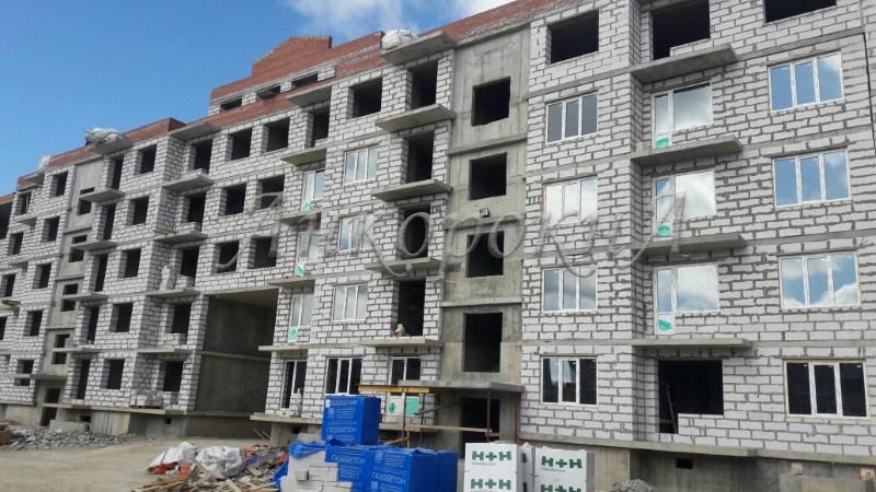 Установка окон в жилом комплексе