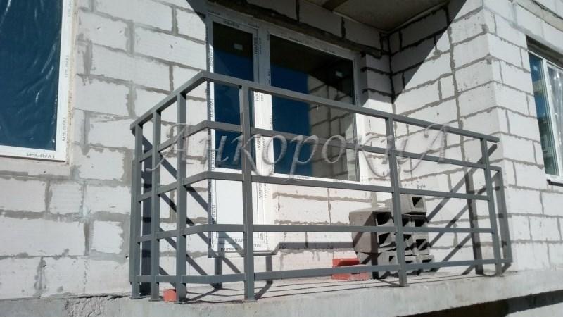 Остекление балкона в квартире СПб