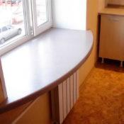 полоконник-стол из акрилового камня