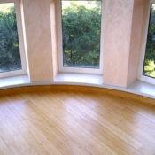 акриловый подоконник для панорамного окна