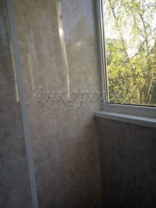 теплое остекление балкона с обшивкой в СПб фото