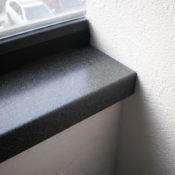 подоконник искусственный каменный акриловый под черный гранит