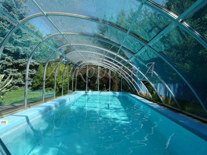 панорамное остекление бассейна фото