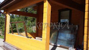 остекление деревянными окнами фото в СПб