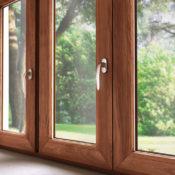 Деревянные окна для квартиры фото